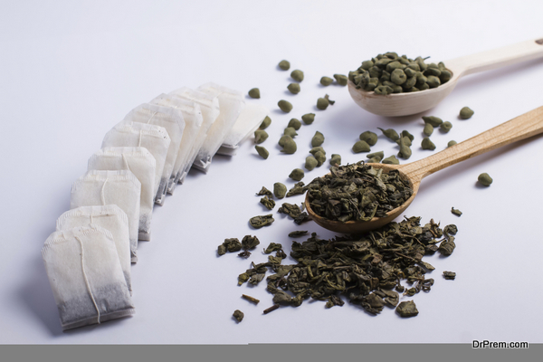 Different varieties of leaf tea.