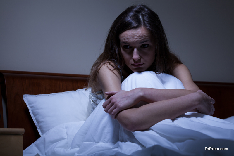 Photo of Link Between Insomnia and Overeating